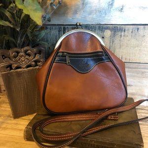 PATRICIA NASH Veria Leather Crossbody